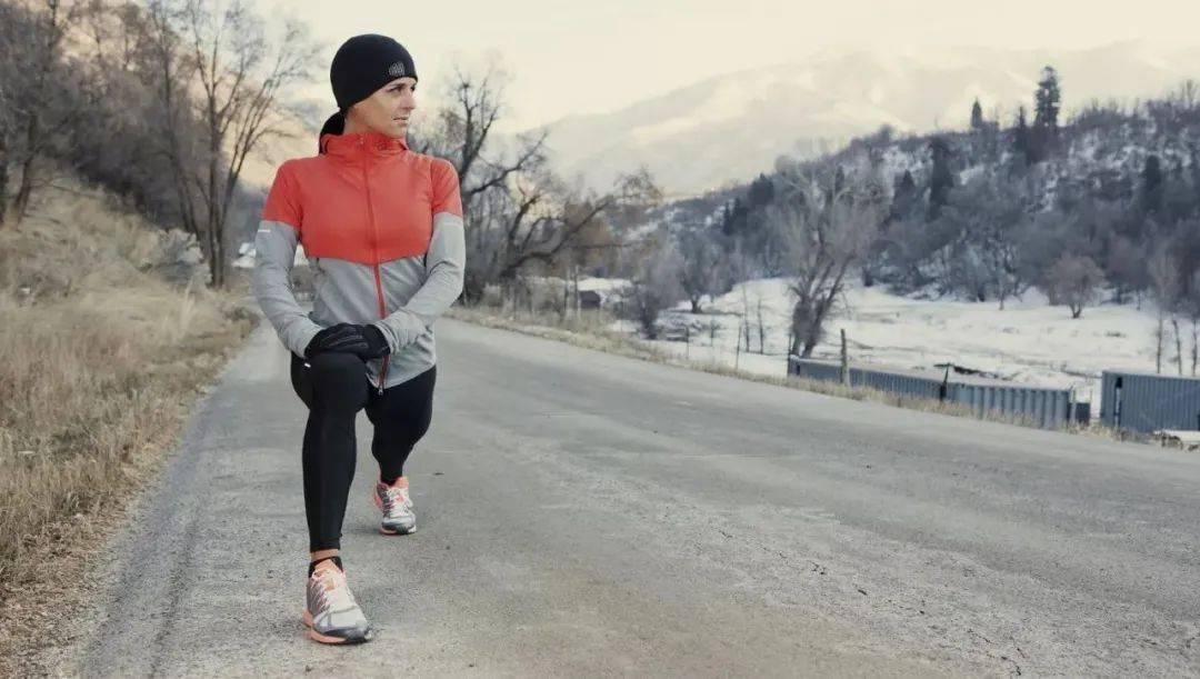 时尚酷炫迷彩运动速干卫衣,冬天跑步不能少!