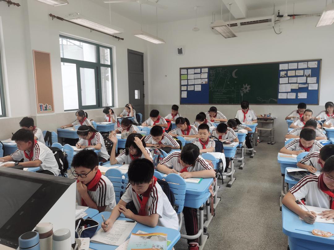 1、每个学生都有一个最好的学校:一个好的学校对一个人来说到底有多重要?