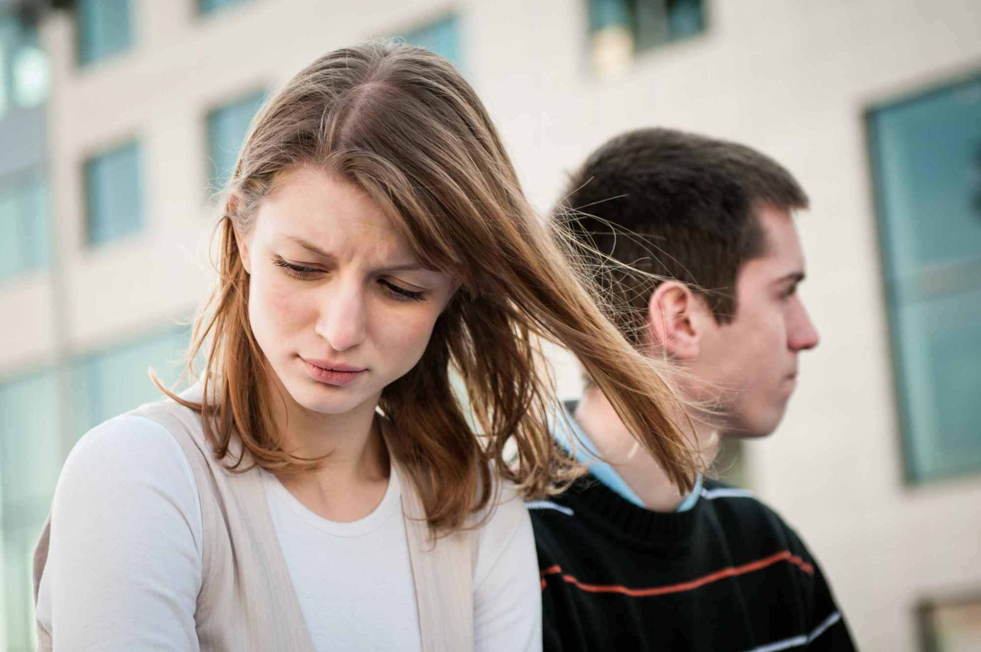 女人经常痛经,会导致不孕吗?医生:除非是这种