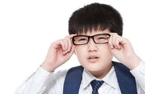 蝶适DISC提醒:近视不容小觑,严重者会致盲