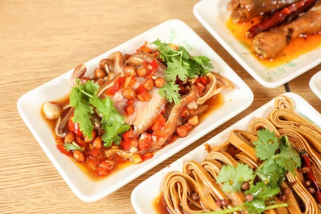 武汉老乡鸡的味道怎么样 用更好的方式熨帖着我们的中国胃