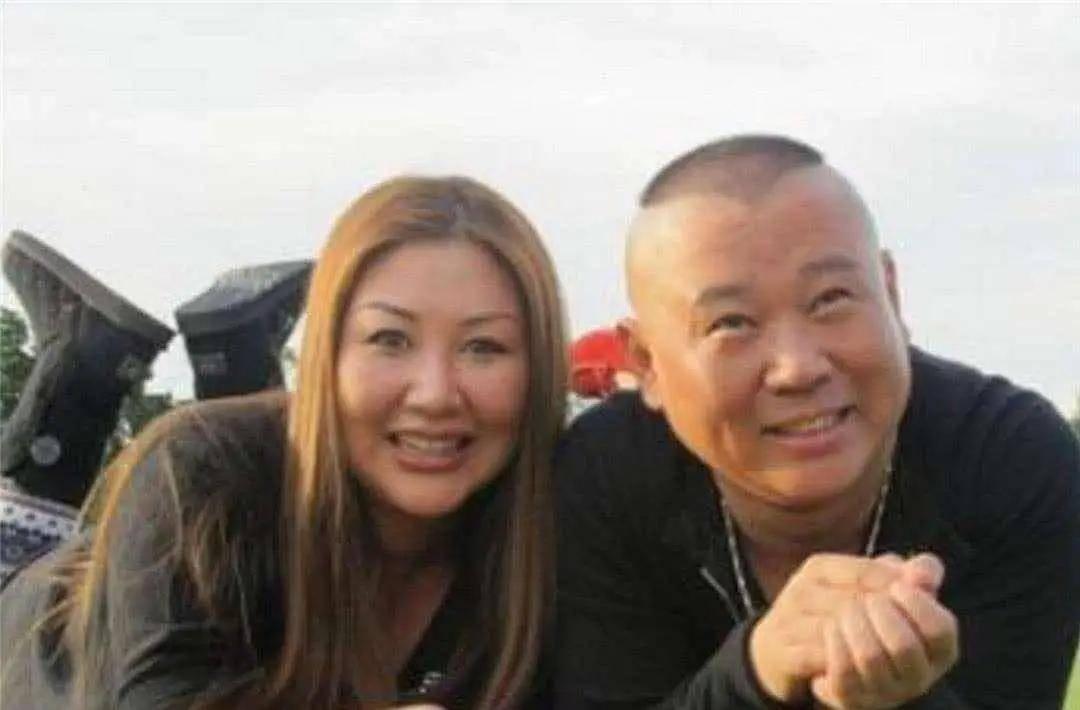 郭德纲的逆袭 被包养6年穷到处借钱家有贤妻王惠