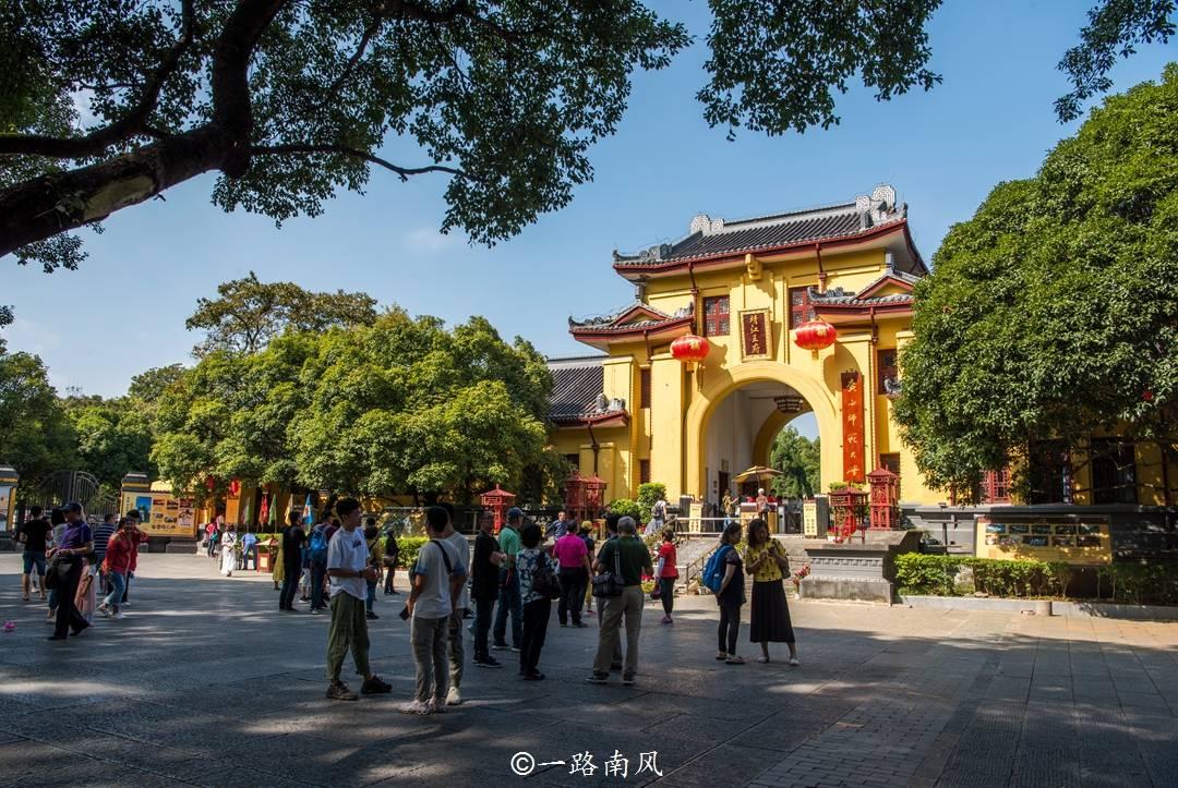 广西唯一的王府遗址,比北京故宫更早建成,定南王曾放火将它烧没