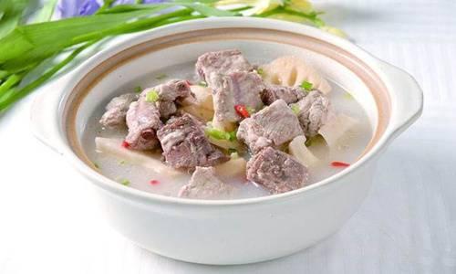 排骨汤怎么炖最好喝?家常清炖排骨汤的做法及窍门 网络快讯 第1张