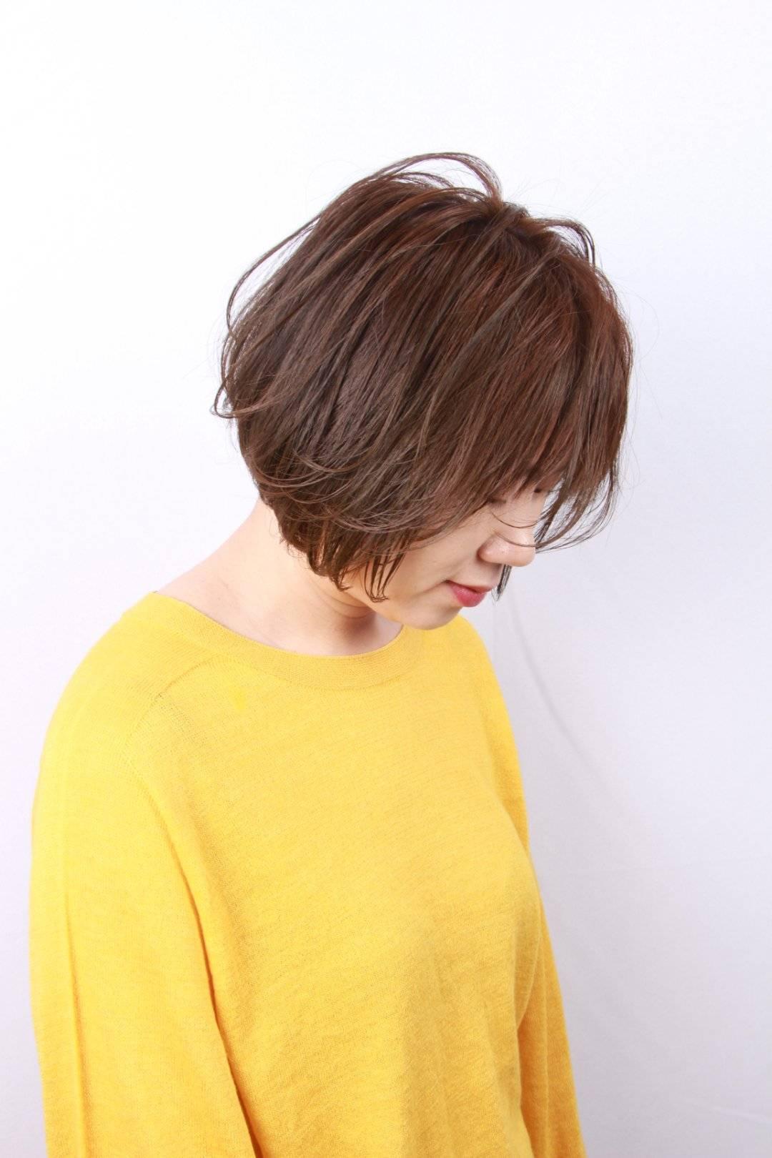 人到多少岁头发停止生长(头发一个月长长多吗)插图(1)
