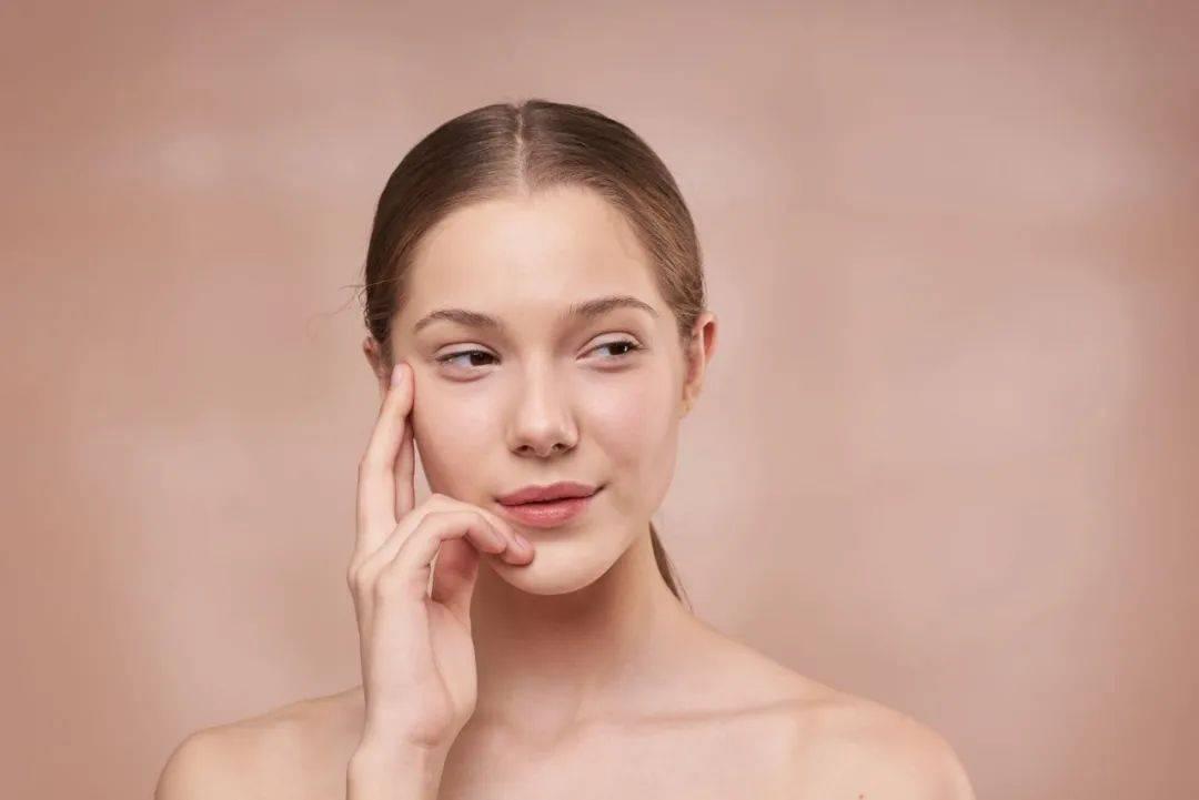 直接用淘米水洗脸可以吗(淘米水洗脸真的会变白吗)插图(1)