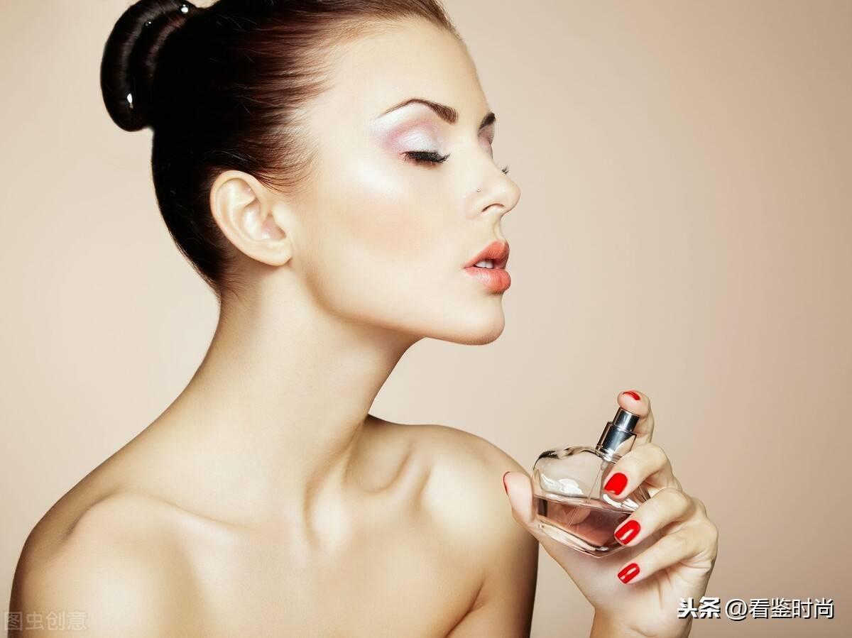香水有过期的说法吗(如何让香水在身上留香更久)
