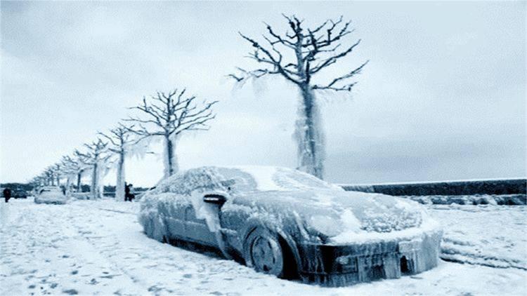 """原世界最冷村:最低气温零下72度,上厕所要带""""铁棒""""!"""