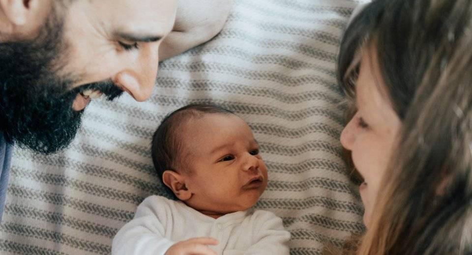 0-12个月宝宝语言发育规律 别错过语言发育关键期 附引导方法-家庭网