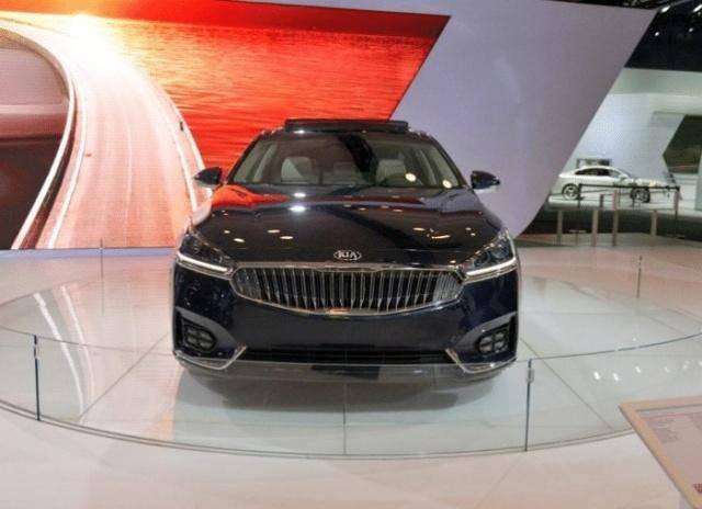 原厂材料最多的豪车,3.3L V6发动机,比沃尔沃安全但没人知道