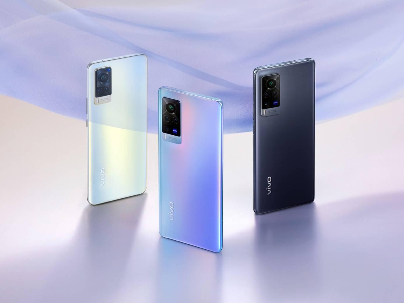 可以选择三种外观颜色,轻薄美观。vivo X60系列最薄的部分只有7.36 mm。