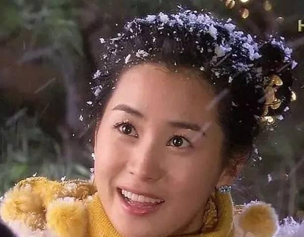 还记得李多海女神吗?一旦爱上李易峰,34岁的她几乎变得面目全非