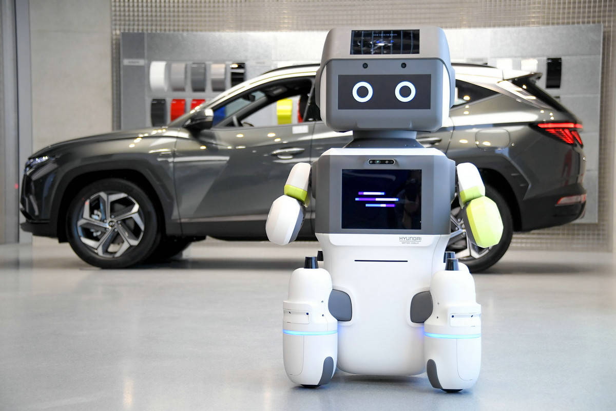 人类醒醒吧,机器人来了!现代汽车DAL-e人工智能即将问世