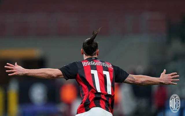 国米笑到了最终,以2-1的比分战胜了AC米兰晋级意大利杯四强