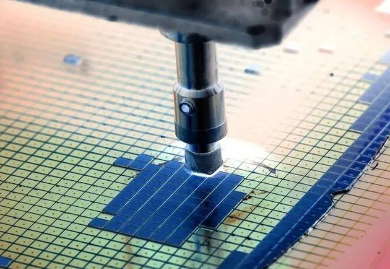 全球刻蚀机巨头,推出革命性的新刻蚀技术?国产厂商赶紧跟进