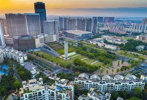2021玉山镇gdp_江苏四大强镇:玉山镇第一,全部入围全国十强