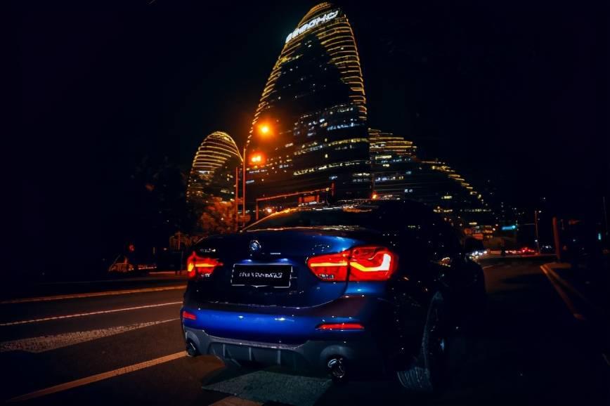 超A颜值才配得上1流驾控BMW 1系M运动曜夜版年轻指南