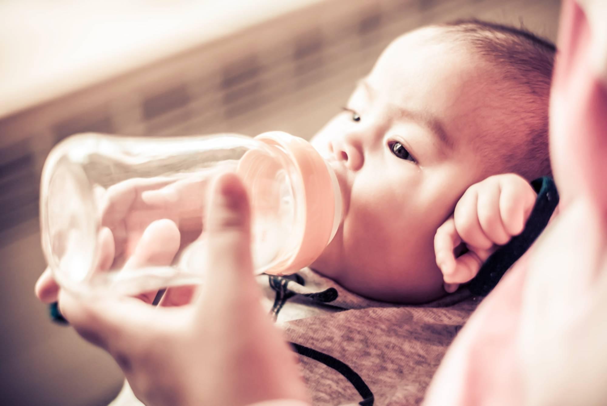 宝宝身体缺水后的这4种表现,暗示宝妈该抓紧补水,错过害娃不浅  第8张