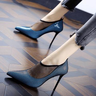 心理测试:第一眼你看中了哪款高跟鞋,测出你有没有公主命?  第4张