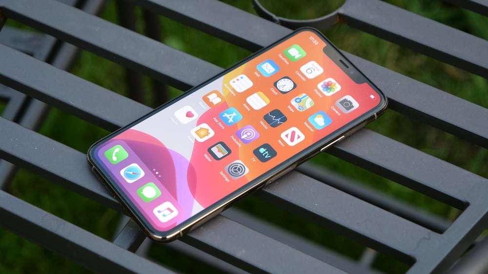 发布至今下跌2600元,A13+3969mAh,昔日顶尖iPhone如今濒临下架