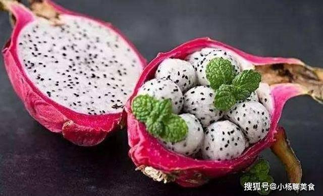 常吃火龙果好处数不来,但医生说不扔果皮最好,可惜很多人不在意