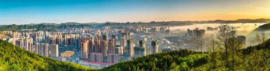 贵州下一个网红小城,惊险又富有魅力,让人一见就爱上!