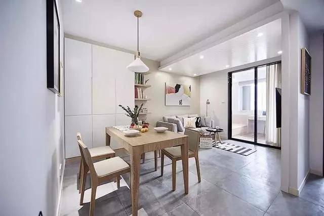 83㎡现代简约小三居,大白墙、收纳柜、置物架简洁实用省空间!
