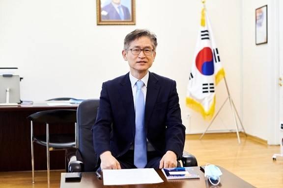 原韩国大使:对于韩国中小企业家来说,在乌克兰投资风险很大