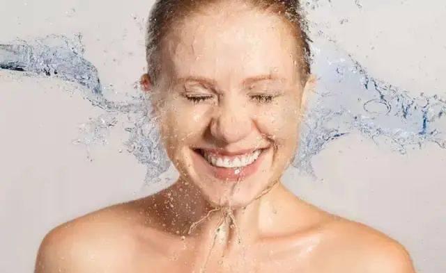 春节熬夜后皮肤变差?水光针拯救你的憔悴皮!