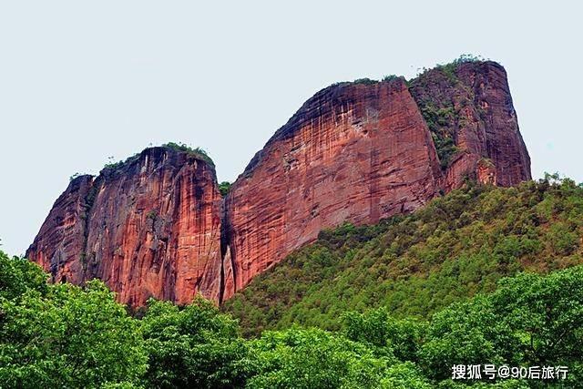 不止河南有老君山,在云南也藏着一座老君山,可以欣赏到红色丹霞