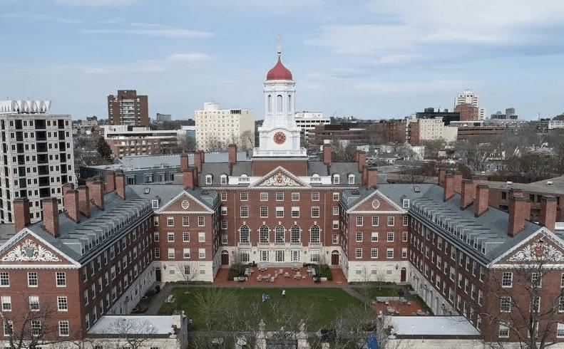 原创             拿到哈佛Offer的学生十个就有两个放鸽子?为了入学率,美国大学操碎了心