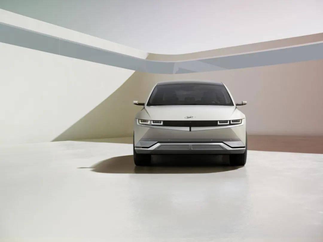 原现代发布纯电动SUV IONIQ 5,颜值破纪录,特斯拉恐慌?