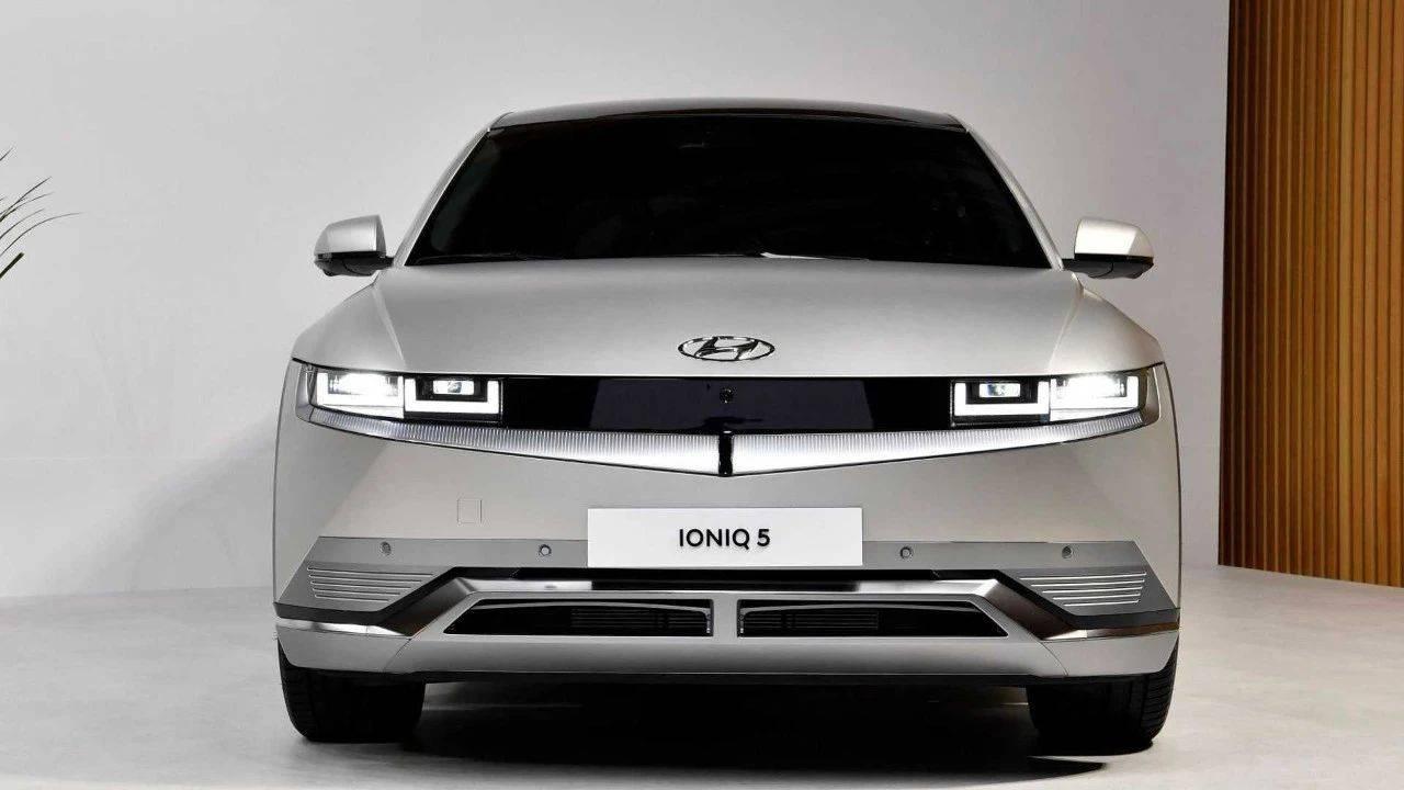 现代纯电车IONIQ 5全球发布;全新梅赛德斯-奔驰c发布