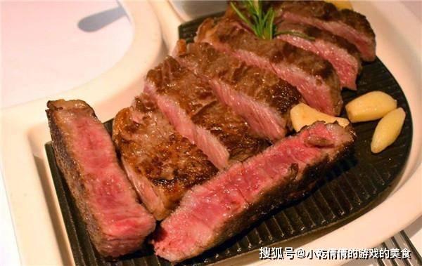 """虚假的""""牛排自由"""":那些10元牛排,都是资本不到2元的胶水牛肉"""
