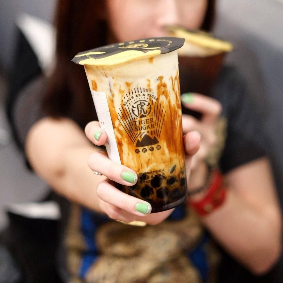"""新零售的""""凡尔赛"""":奈雪的茶年卖5亿杯市值几何?(图3)"""