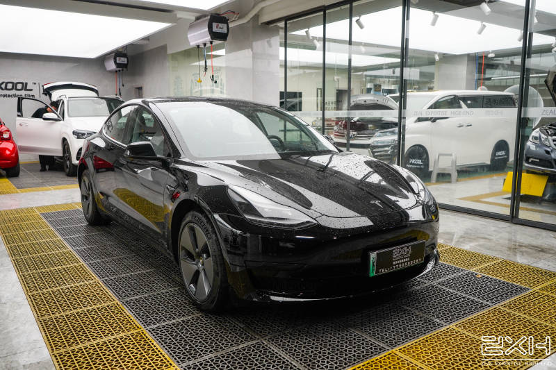 厦门汽车贴膜特斯拉model3贴变色贴膜案例分享