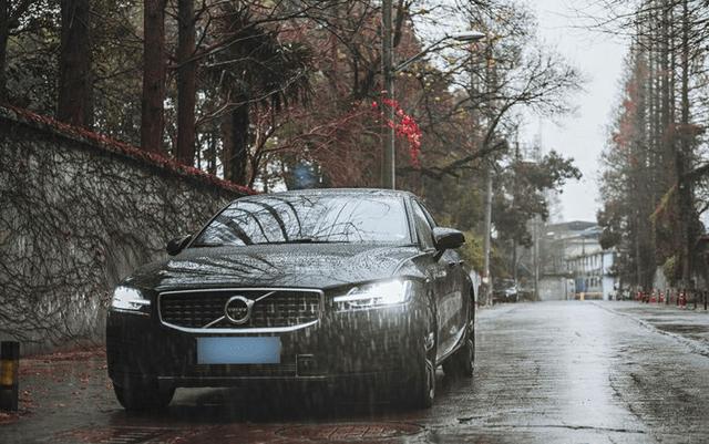 沃尔沃S60目前在豪华车市场的地位浅析