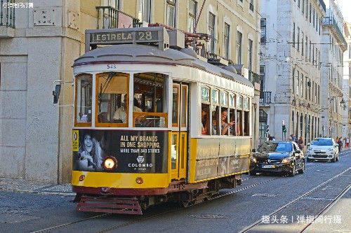 """葡萄牙""""千年都城"""",有种可行驶的""""城市古董"""",叫有轨电车"""