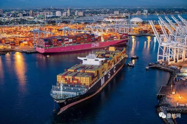 美国港口严重拥堵!货物的交付被延迟了45天,原来的进口商通过海运改为空运