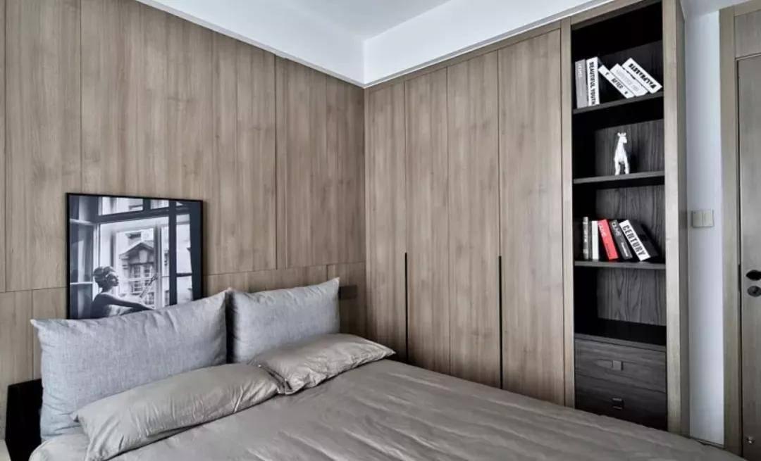 为卧室选择切合的柜子pt平台电子游戏,不但能提升颜值,也很