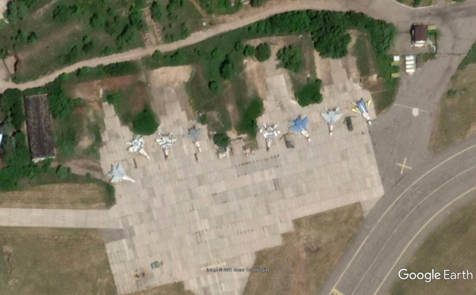 顿巴斯大规模交火,乌克兰空军高度戒备,俄罗斯正面回应了