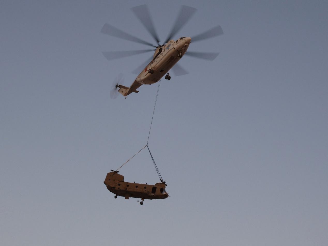 26直升机到底有八大胜多大?吊运苏