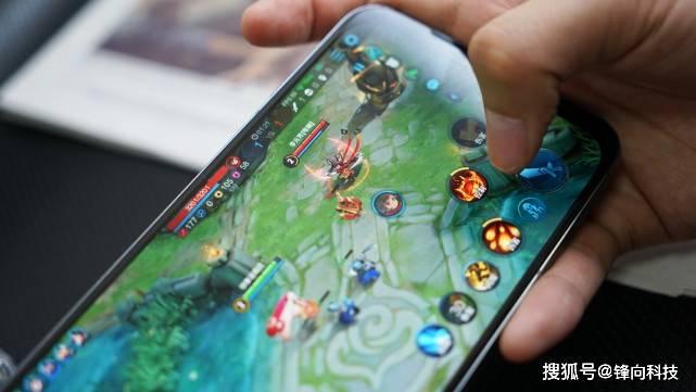 打破游戏手机高定价规律,卢伟冰携Redmi正式杀入这一领域