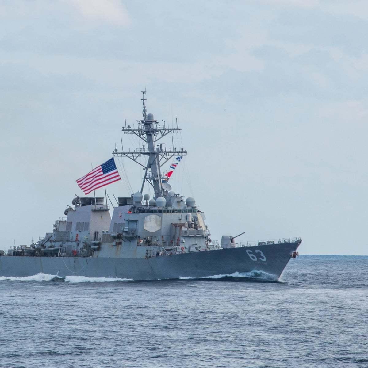 普京禁止乌克兰海军进出亚速海,4月15日,乌克兰称要造核武自卫