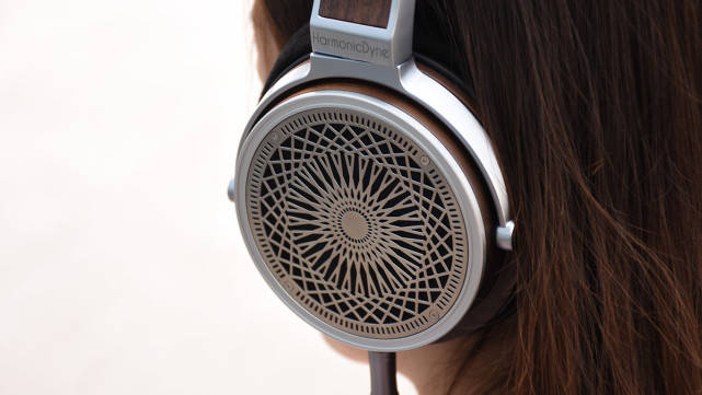 HarmonicDyne Zeus:怎样的声音让你上瘾?