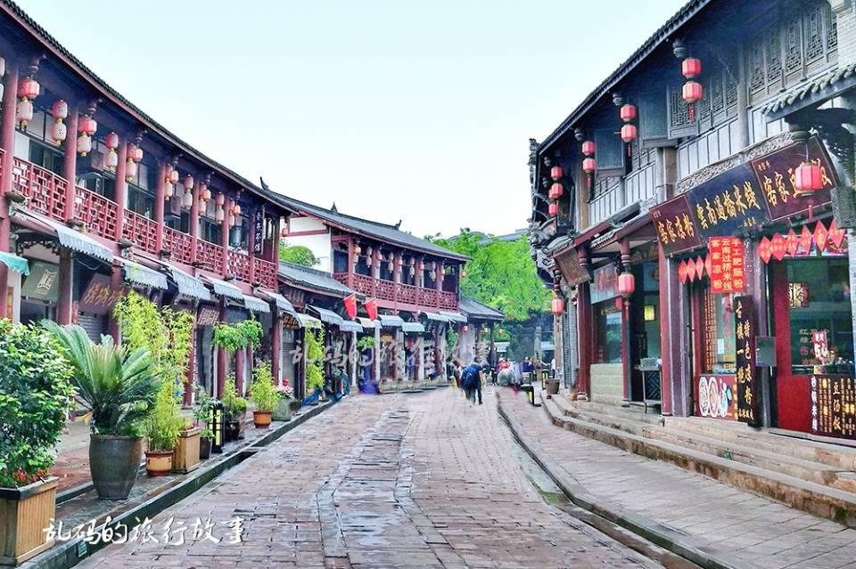 """距成都最近的古镇 被誉为""""天下客家第一镇"""" 门票免费却少有人知"""