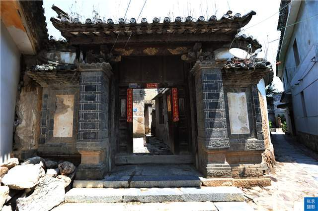 原创             云南团山村,有600多年历史,建筑结合了中原与彝族的建筑风格