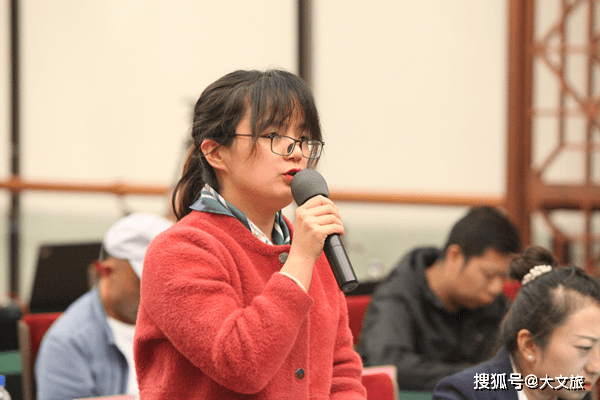云南:河南电视台暗访记者实际报团的价格是2人共计1680元