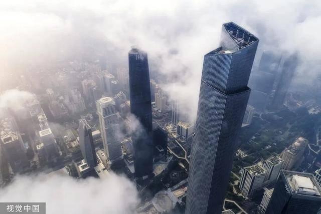 K11艺术展X星辉首映,新世界中国引领精奢格调生活