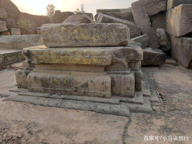 印度四大佛教圣地之一,2000多年前佛祖在此讲法,唐僧也曾来过这里